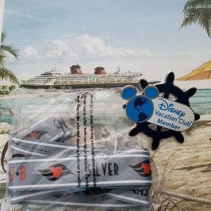 Disney Cruise Line Lanyard & DVC Pin Clip set